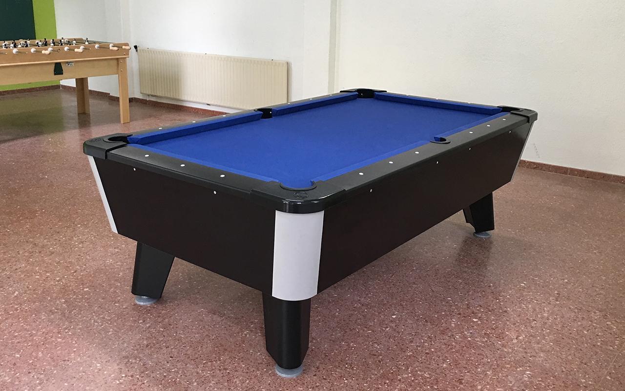la table de billard crdoba vous pouvez le avec la finition du bois et la couleur de la moquette. Black Bedroom Furniture Sets. Home Design Ideas